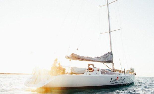 Sailing Maxi Yacht Broomstick in the Whitsundays