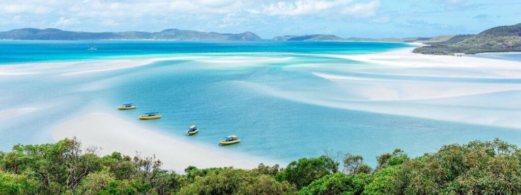 Ocean Rafting vessels anchored in Hill Inlet on Whitsunday Island